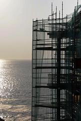 en construccin (ines valor) Tags: andamio construccin horizonte