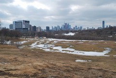 Toronto (Marcanadian) Tags: park snow toronto building skyline skyscraper downtown view valley don broadview riverdale