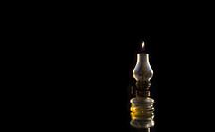 Ollampe (konreifen) Tags: photoshop vintage studio lampe hipster surreal flamme sureal homestudio llampe produktfotografie productphtotograhpy