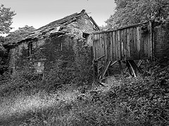 Derelict Farm House, Rainford, St Helens (Lazenby43) Tags: sthelens rainford