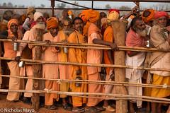 Sadhus Queueing For Tea (Nick Mayo/RemoteAsiaPhoto) Tags: india festival sadhu chhattisgarh rajim