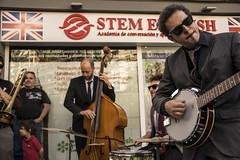 Mardi Gras en Alicante #2 (palm z) Tags: espaa banda spain banjo alicante grupo gras msica mardi batera baterista violonchelo violonchelista
