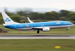 KLM PH-BXI 22-5-2015 (Enda Burke) Tags: phbxi avgeek aviation airplane klm klmroyaldutchairlines 737 b737800 boeing737800 boeing boeing737 av8 aero crosswind manchesterairport manchester man manc manairport manchesterrunwayvisitorpark manchestercity motionblur planes plane panning pan pilot landing landingear canon canon700d 700d egcc engine engines