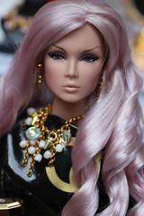 Miss Luxe! (Isabelle from Paris) Tags: never ordinary eden ooak reroot fashion royalty nuface isabelleparisjewels