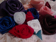 IMG00625 (Ida Rodrigues Artesantos) Tags: flores quilts patchwork bordados tapetes aplique almofadas fuxicos panosdeprato panosdecopa patchcolagm artesanatosemgeral rosasemfitas