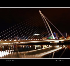 Dublin at Night #4 (miguel m2010) Tags: bridge ireland dublin night noite beckett samuel mygearandme mygearandmepremium mygearandmebronze mygearandmesilver mygearandmegold mygearandmeplatinum mygearandmediamond