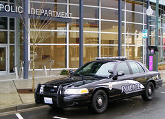 2012 Olympia Police Car Design (NLEAF) (Svenington) Tags: washington wa oly opd blackandgray thurstoncounty olympiapolicedepartment olympiapolice nleaf nleafexclusive northwestlawenforcementassociation newolympiapolicecar