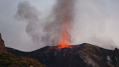 Early evening eruption at Stromboli