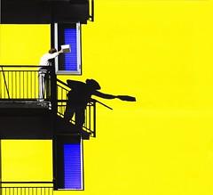 La bacinella (meghimeg) Tags: yellow facade balcony basin gelb giallo throwing 2012 balcone facciata lancio cairomontenotte bacinella