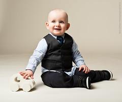 036-Lapsikuvia-6kk (Rob Orthen) Tags: studio childphotography offcameraflash strobist roborthenphotography lapsikuvaus
