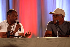 LeVar Burton & Michael Dorn (Gage Skidmore) Tags: arizona wil phoenix marina trek star michael center next brent convention generation comicon burton 2012 dorn levar spiner sirtis whaton