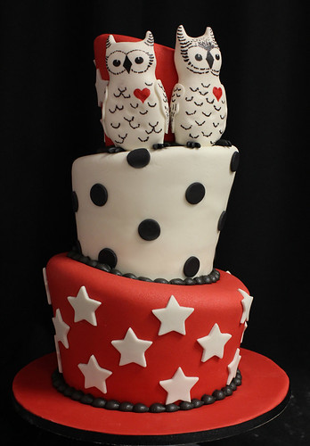 Owls Topsy Turvy Wedding Cake