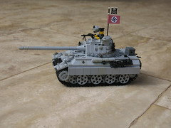 Panther ausf. F. mit 8.8cm L/71 mit Infrarot-Zielgert (tank/panzer) (left side) LEGO WWII (Forestmn) Tags: war tank lego wwii panzer