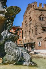 Fontana del Nettuno (Bolonia) (Gelert, el eterno aprendiz) Tags: canon italia fuente teta fontana bolonia piedra pecho