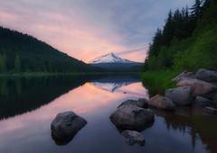 Trillium Lake (terenceleezy) Tags: trilliumlake oregon pdx portland pnw reflections mounthood mthood reflection