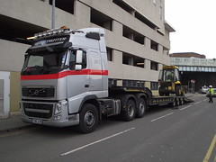 Volvo FH 500 Low Loader (5asideHero) Tags: volvo low 500 loader fh globetrotter alun contractors griffiths