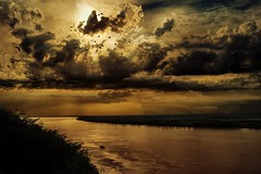 Anunciacin - Annunciation (celta4) Tags: water argentina rio clouds river agua day riverside cloudy cliffs nubes parana entrerios hdr ribera acantilados magicunicornverybest magicunicornmasterpiece