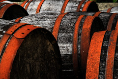 Barrels of Whiskey (Ladybird Photography) Tags: wood detail metal scotland rust ben fort outdoor barrels tr whiskey william single blended loch distillery ness nevis malt skotland tnde