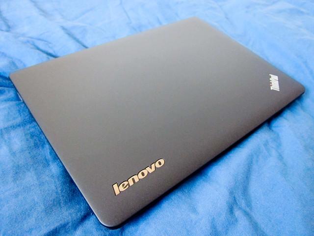 ThinkPad X121e