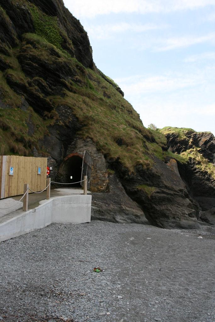 Bathing entrance