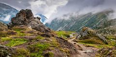 Zillertal_057  Wanderweg zum Pfitscherjochhaus (wenzelfickert) Tags: sky cloud mountains fog way landscape austria tirol sterreich nebel hiking himmel wolken berge trail alpen wandern zillertal weg wanderweg zillertaleralpen