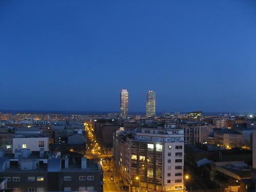Atardecer en Barcelona con la Torre Mapfre y el Hotel Arts al fondo