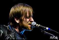 The Black Keys Live (Stephen Eckert) Tags: rock concert tour live duo gig arena blackkeys theblackkeys wellsfargocenter danauerbach patrickcarney radio1045 stepheneckert elcaminotour