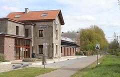 Braives Km17 @ L127 (Peter Van Gestel) Tags: gare ravel nmbs statie sncb stationsgebouw braives fietsnetwerk lijn127 ligne127 stattelanden