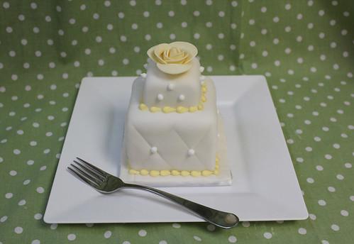 mini wedding on plate