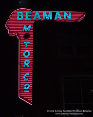 Beaman Motor Co (Nashville TN) (jeremy.fountain) Tags: signs neon tn nashville pontiac automobiles davidsoncountytn