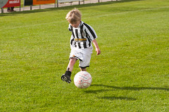 ALG_9760 (nikontino) Tags: 14 april morgen voetbal 2012 noordwijkerhout zaterdag jeugdvoetbal vvsb nikontino