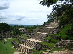 Palenque (Mxico) (Amaia eta Gotzon) Tags: mxico america mexico temple amrica maya selva mayan jungle ruinas temples templos latinoamerica palenque chiapas mayas templo mejico latinoamrica mjico mayatemple templomaya templosmayas