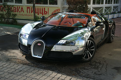 Bugatti Veyron Grand Sport (AP l Photography) Tags: city light shadow black reflection sport photography spider amazing russia moscow sony grand chrome alpha dslr limited bugatti supercar 850 veyron     2875 a850 hypercar sonyalpha   worldcars  sonya850 mygearandme