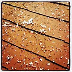 屋根に雹!@横浜