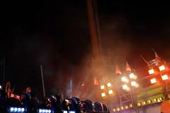 . (Le Cercle Rouge) Tags: paris france foiredutrône lunapark lights neon hands attraction gravity 75012 lecerclerouge attractionpark carny carnie carnival shows fair amusementparks amusement parks park