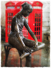 "Dancer in the London rain • <a style=""font-size:0.8em;"" href=""http://www.flickr.com/photos/44919156@N00/7366140178/"" target=""_blank"">View on Flickr</a>"