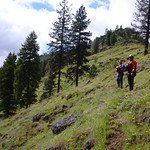 """Giani & Lance taking in the view on the Grande Ronde <a style=""""margin-left:10px; font-size:0.8em;"""" href=""""http://www.flickr.com/photos/25543971@N05/7397871318/"""" target=""""_blank"""">@flickr</a>"""