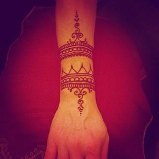 #wrist #cuff #henna #meghansmehdi