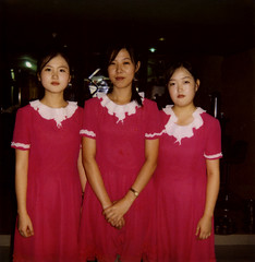 SERVEUSES NORD COREENNES, PYONGYANG, COREE DU NORD (Eric Lafforgue Photography) Tags: girls people woman color colour trois female square polaroid person three women asia femme capital watch korea communism similar asie capitale waitress coree personne couleur humanbeing filles communisme femmes northkorea montre dprk carre serveuse lookingatcamera colorpicture threepersons waistup squarepicture democraticpeoplesrepublicofkorea ressemblant etrehumain troispersonnes coreedunord regardantlobjectif cadragealataille imagecaree repupliquepopulairedemocratiquedecoree