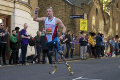 sport ipc champion winner t42 runner goldmedal blades londonmarathon prosthetic narrowstreet paralympic richardwhitehead marahtonchamp