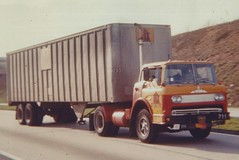 "Mack N-61 on the road, ""MX"" (PAcarhauler) Tags: tractor truck semi trailer mack coe cabover"