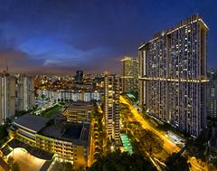 Pinnacle Duxton, Singapore (gintks) Tags: skyscraper landscapes singapore cityscapes architectural bluehour singapur everton cantonment exploresingapore singaporetourismboard yoursingapore cantonmentprimaryschool gintks gintaygintks