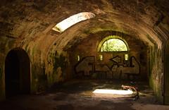 Old times (Jean-Loic D) Tags: bretagne britanny france breizh vieux old bunker fortification napolon tag lumire light sombre dark nikon photographie photography ruine derelict crozon