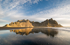 Painting Earth (Dani℮l) Tags: ocean travel mountain reflection landscape iceland nikon daniel horizon landschap d300 hofn bosma austur stokknes