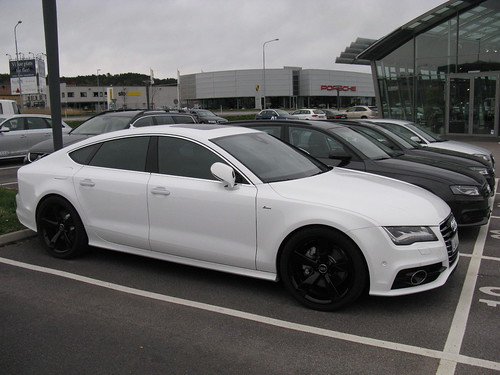 Audi A7 White On Black Images & Pictures - Becuo