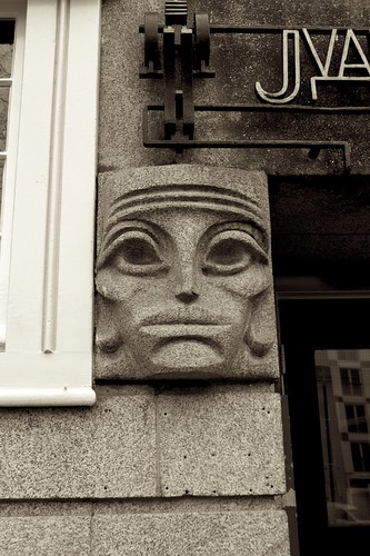 Face in the wall, Amsterdam