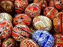 Happy (Orthodox) Easter ! , Painted easter eggs (Frans.Sellies) Tags: easter paste pascua huevos ou romania eggs ostern oeufs roumanie eastereggs oster easteregg eier pques romnia roemenie roumania oeufsdepques bucovina romanya rumnien roemeni romnia ostereier bukowina huevosdepascua paaseieren romnesc  bucovine pati bucavino   tojs ou oudepati outstandingforeignphotographersvisitingromania blinkagain oudepati p1330149