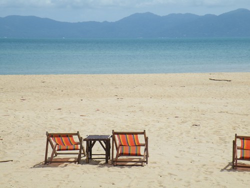Grab a chair now, Mae Nam Beach, Ko Samui, Thailand