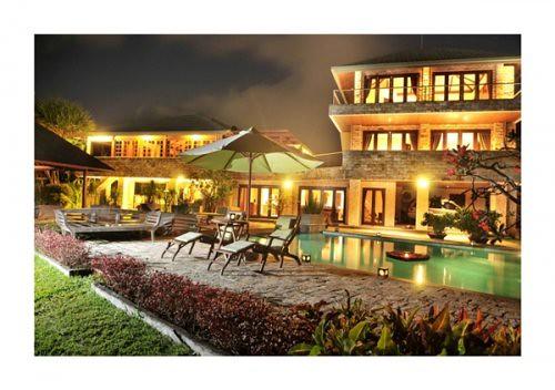 Villa Rishi buiding-size-luxury