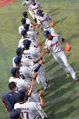 DSC04395 (shi.k) Tags: 横浜スタジアム 東京ヤクルトスワローズ 120608 イースタンリーグ ハイタッチ